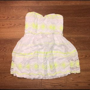 Strapless white dress with neon designs